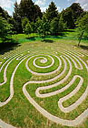 wakehurst-labyrinth